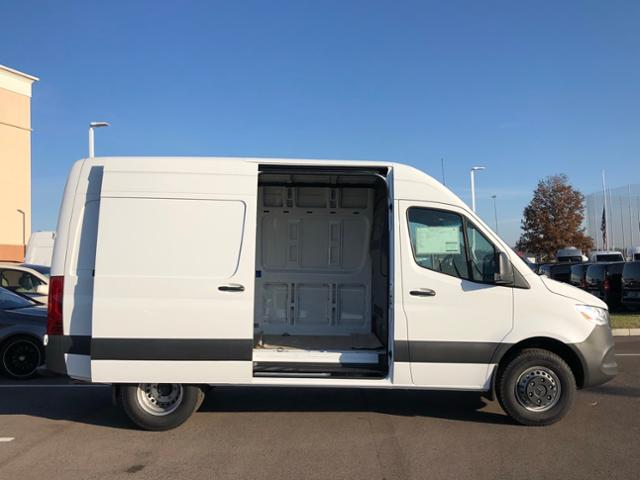 2019 Mercedes-Benz Sprinter Full-size Cargo Van #V19009 - photo 4