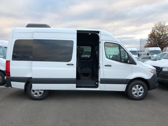 2019 Mercedes-Benz Sprinter 2500 High Roof 4x2, Passenger Wagon #V19035P - photo 4