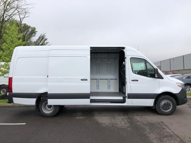 2019 Mercedes-Benz Sprinter Full-size Cargo Van #V19111 - photo 4