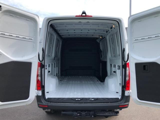 2019 Mercedes-Benz Sprinter Full-size Cargo Van #V19131 - photo 2