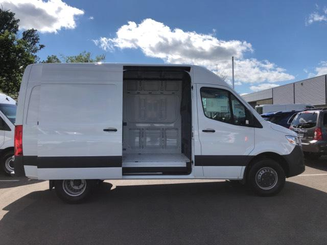 2019 Mercedes-Benz Sprinter Full-size Cargo Van #V19159 - photo 4