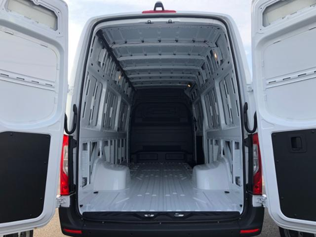 2019 Mercedes-Benz Sprinter Full-size Cargo Van #V19166 - photo 5