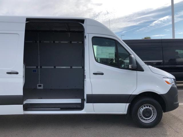 2019 Mercedes-Benz Sprinter Full-size Cargo Van #V19300 - photo 5