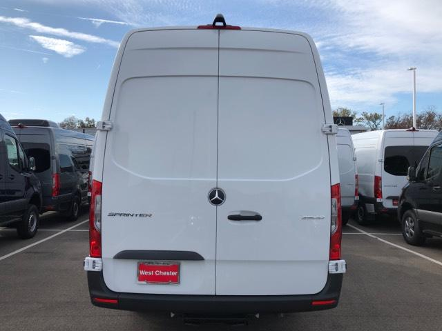 2019 Mercedes-Benz Sprinter Full-size Cargo Van #V19300 - photo 7