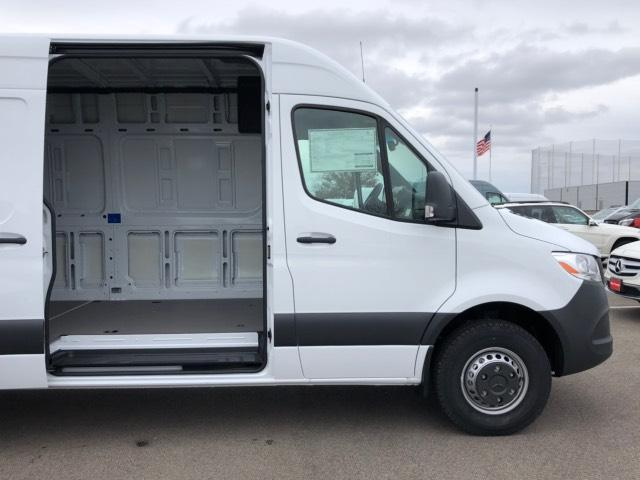 2019 Sprinter 2500 High Roof 4x2, Empty Cargo Van #V19335 - photo 4