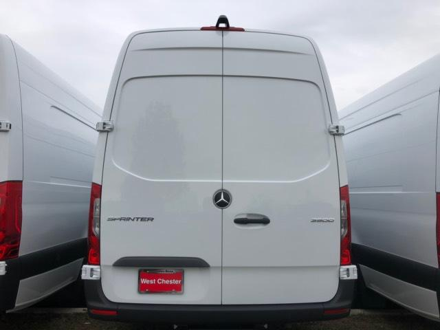 2019 Mercedes-Benz Sprinter Full-size Cargo Van #V19342 - photo 4