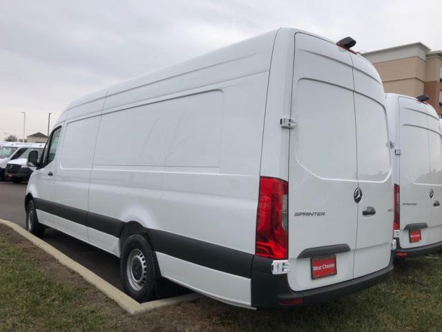 2019 Mercedes-Benz Sprinter Full-size Cargo Van #V19362 - photo 4