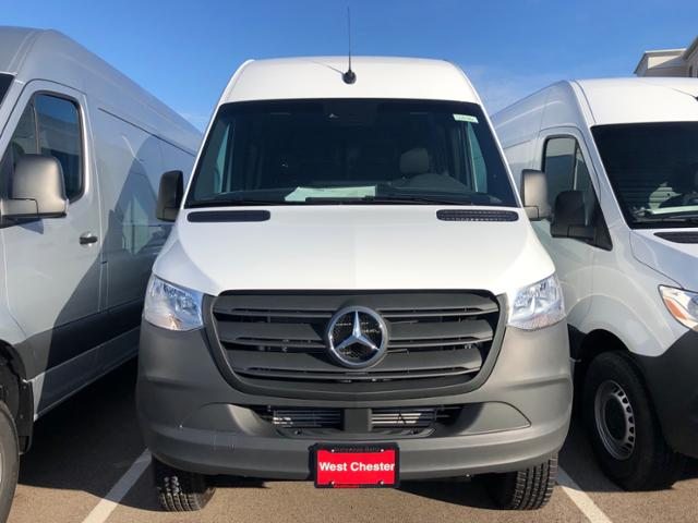 2019 Sprinter 2500 Standard Roof 4x4, Empty Cargo Van #V19486 - photo 2