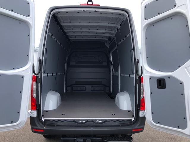 2021 Mercedes-Benz Sprinter 1500 4x2, Empty Cargo Van #V21101 - photo 2