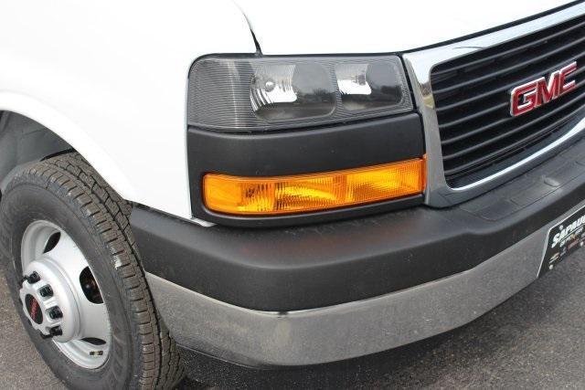 2020 GMC Savana 3500 RWD, Knapheide KCA Cutaway Van #203229 - photo 10