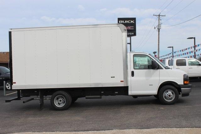 2020 GMC Savana 3500 RWD, Knapheide KCA Cutaway Van #203229 - photo 7