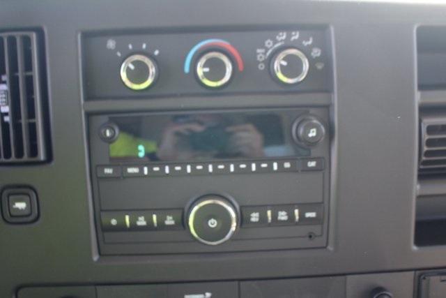 2020 GMC Savana 3500 RWD, Knapheide KUV Service Utility Van #203420 - photo 17