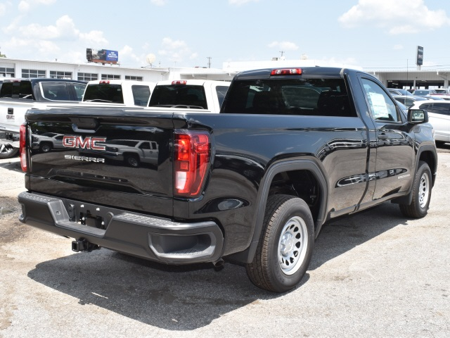 2019 GMC Sierra 1500 Regular Cab 4x2, Pickup #105936 - photo 2