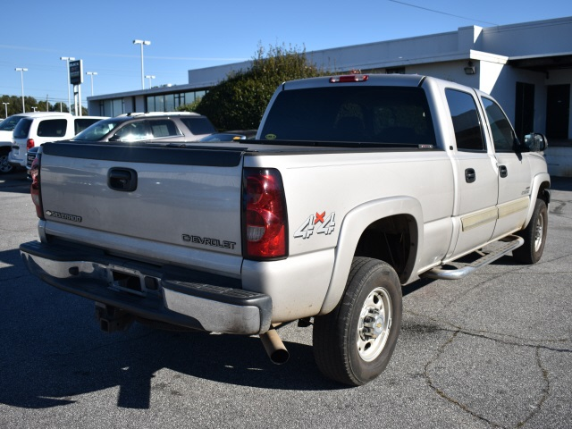 2004 Chevrolet Silverado 2500 Crew Cab 4x4, Pickup #151459XA - photo 2
