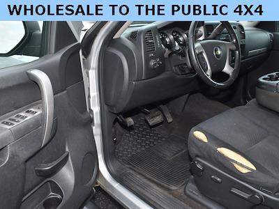 2011 Chevrolet Silverado 1500 Extended Cab 4x4, Pickup #192428A - photo 5