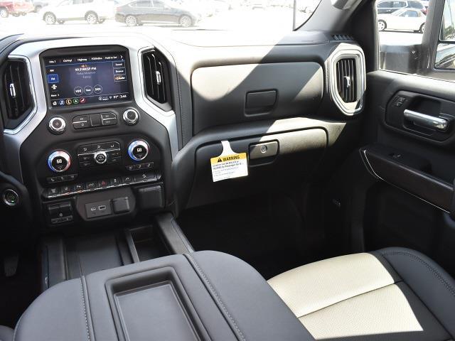 2021 GMC Sierra 2500 Crew Cab 4x4, Pickup #236053 - photo 6