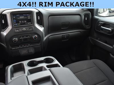 2020 Chevrolet Silverado 1500 Crew Cab 4x4, Pickup #295693A - photo 7