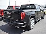 2021 GMC Sierra 1500 Crew Cab 4x4, Pickup #279692 - photo 2