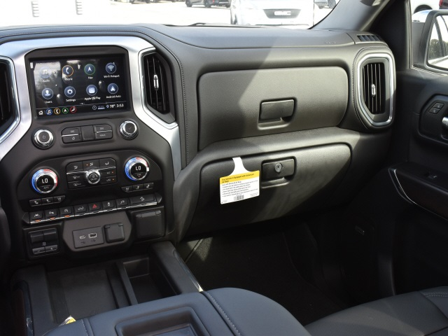 2020 GMC Sierra 1500 Crew Cab 4x4, Pickup #286413 - photo 6