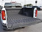 2020 GMC Sierra 1500 Crew Cab 4x4, Pickup #286413 - photo 10