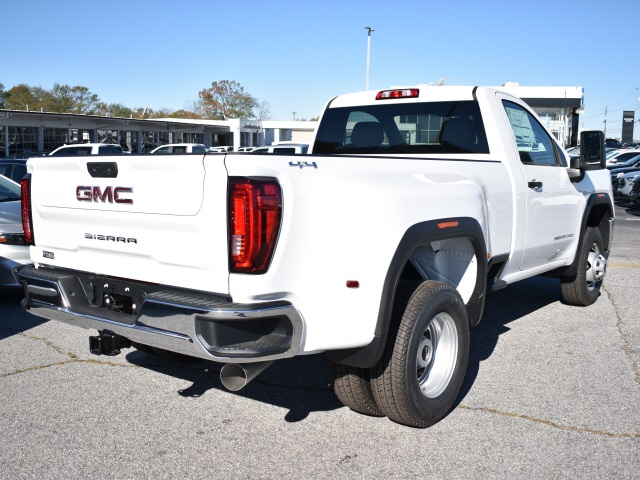 2020 GMC Sierra 3500 Regular Cab 4x4, Pickup #304485 - photo 4