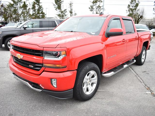 2018 Chevrolet Silverado 1500 Crew Cab 4x4, Pickup #3G2346 - photo 6