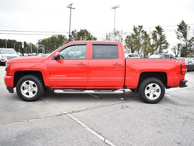 2018 Chevrolet Silverado 1500 Crew Cab 4x4, Pickup #3G2346 - photo 5