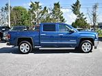 2018 GMC Sierra 1500 Crew Cab 4x4, Pickup #3G2418 - photo 3