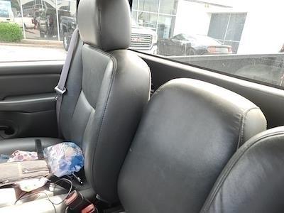 2007 Chevrolet Silverado 1500 Regular Cab 4x2, Pickup #3G2605A - photo 11