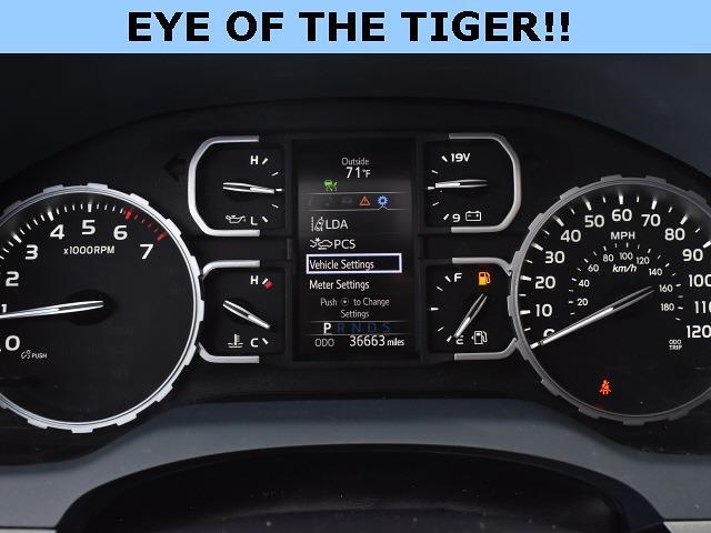 2018 Toyota Tundra Crew Cab 4x4, Pickup #3G2628 - photo 14