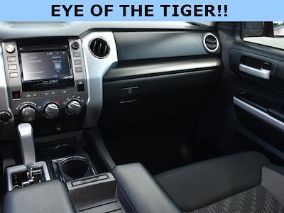 2018 Toyota Tundra Crew Cab 4x4, Pickup #3G2628 - photo 6
