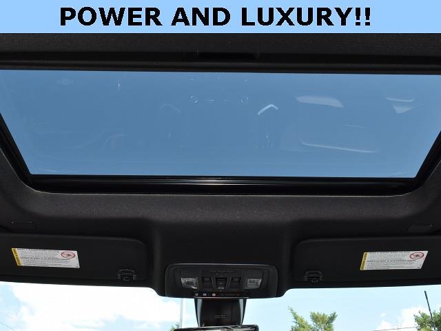 2021 Chevrolet Silverado 2500 Crew Cab 4x4, Pickup #3G2637 - photo 3