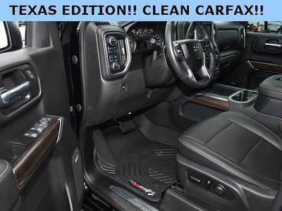 2020 Chevrolet Silverado 1500 Crew Cab 4x4, Pickup #3G2666 - photo 3
