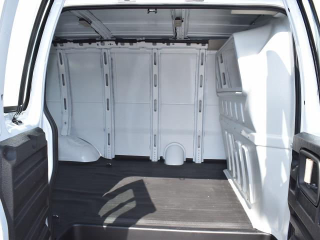 2021 GMC Savana 2500 4x2, Empty Cargo Van #FG6572 - photo 10