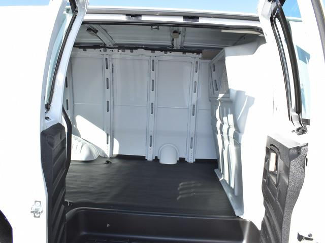2021 GMC Savana 2500 4x2, Empty Cargo Van #FG6666 - photo 10