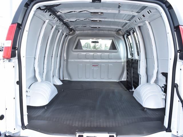 2021 GMC Savana 2500 4x2, Empty Cargo Van #FG6745 - photo 2