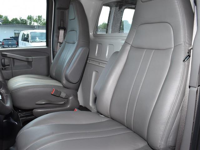 2021 GMC Savana 2500 4x2, Empty Cargo Van #FG6745 - photo 8