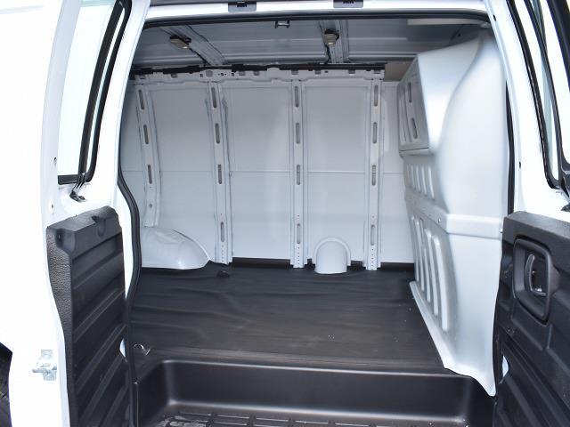 2021 GMC Savana 2500 4x2, Empty Cargo Van #FG6745 - photo 10