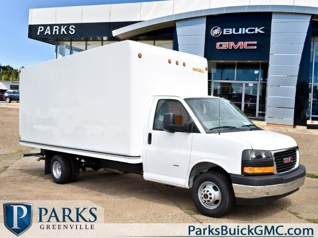 2020 GMC Savana 3500 4x2, Unicell Cutaway Van #FG7047 - photo 1