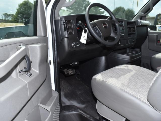 2020 GMC Savana 3500 4x2, Unicell Classicube Cutaway Van #FG7047 - photo 9