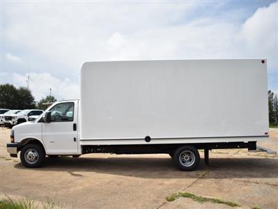 2020 GMC Savana 3500 4x2, Unicell Classicube Cutaway Van #FG7047 - photo 6