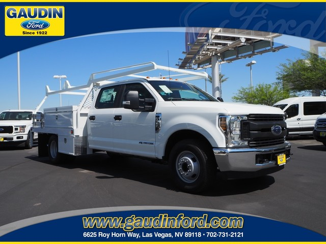 2019 Ford F-350 Crew Cab DRW 4x2, CM Truck Beds Contractor Body #9T0642 - photo 1