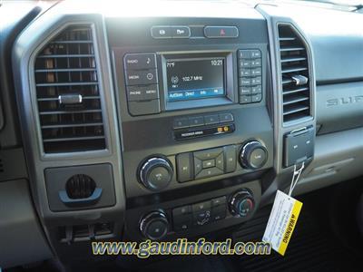 2019 F-550 Super Cab DRW 4x4, RhinoPro Truck Outfitters Dump Body #9T1575 - photo 13