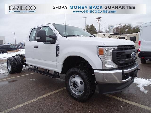 2021 Ford F-350 Super Cab DRW 4x4, Cab Chassis #F218015 - photo 1