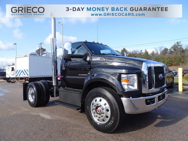 2021 Ford F-750 Regular Cab DRW 4x2, Cab Chassis #R5894 - photo 1