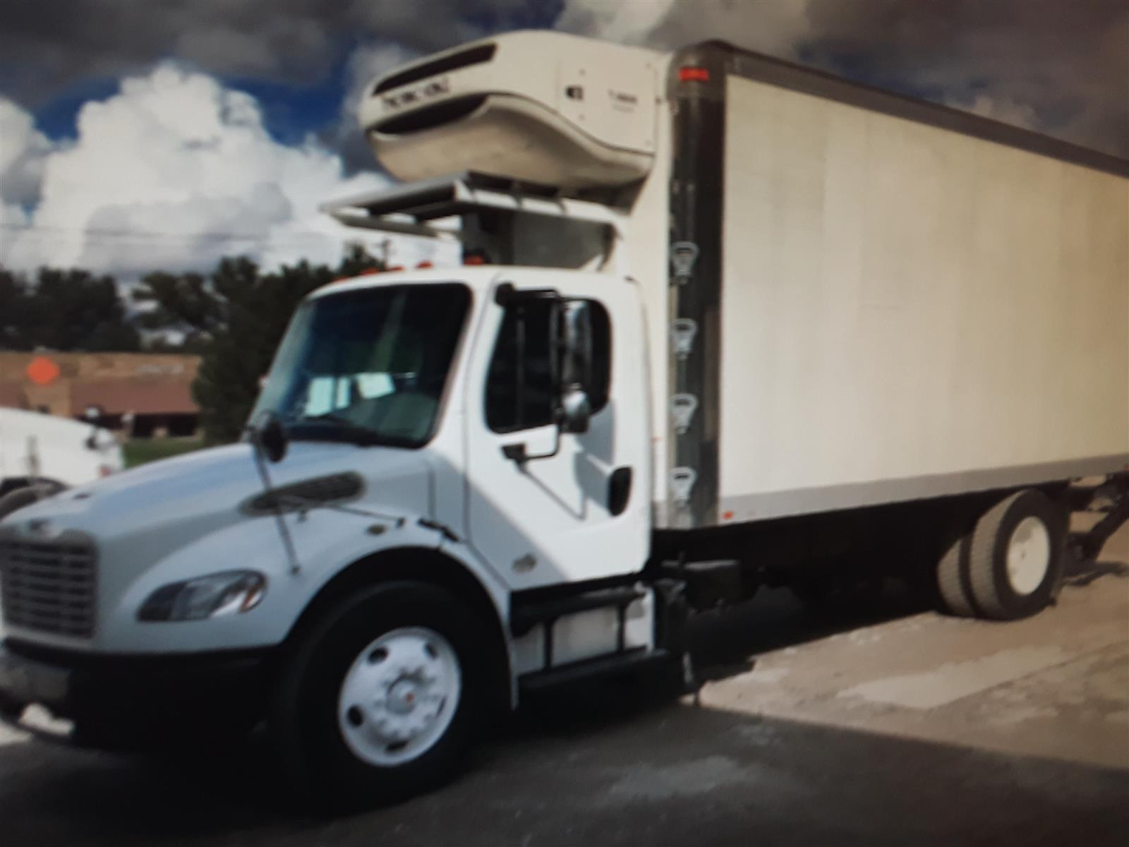 2014 Freightliner Truck 4x2, Refrigerated Body #561034 - photo 1