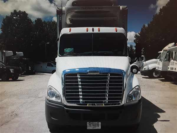 2012 Freightliner Truck 6x4, Refrigerated Body #572672 - photo 1