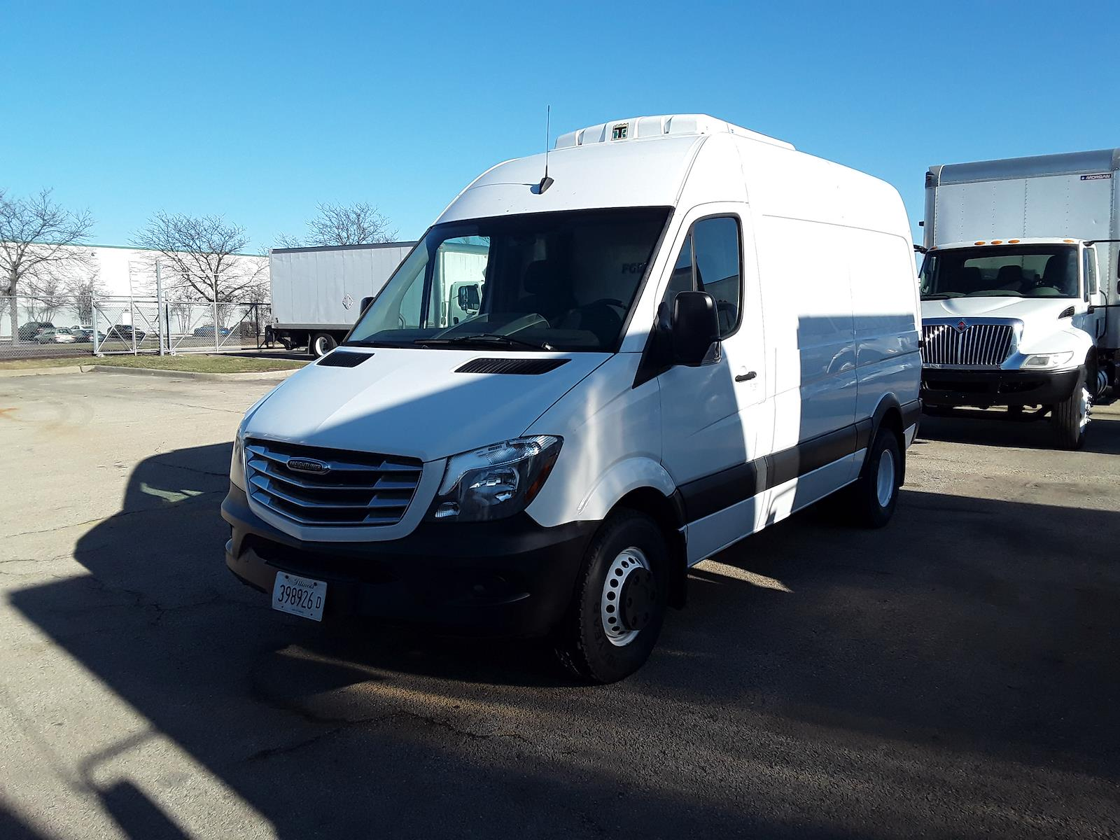2016 Mercedes-Benz Sprinter 3500, Refrigerated Body #666782 - photo 1