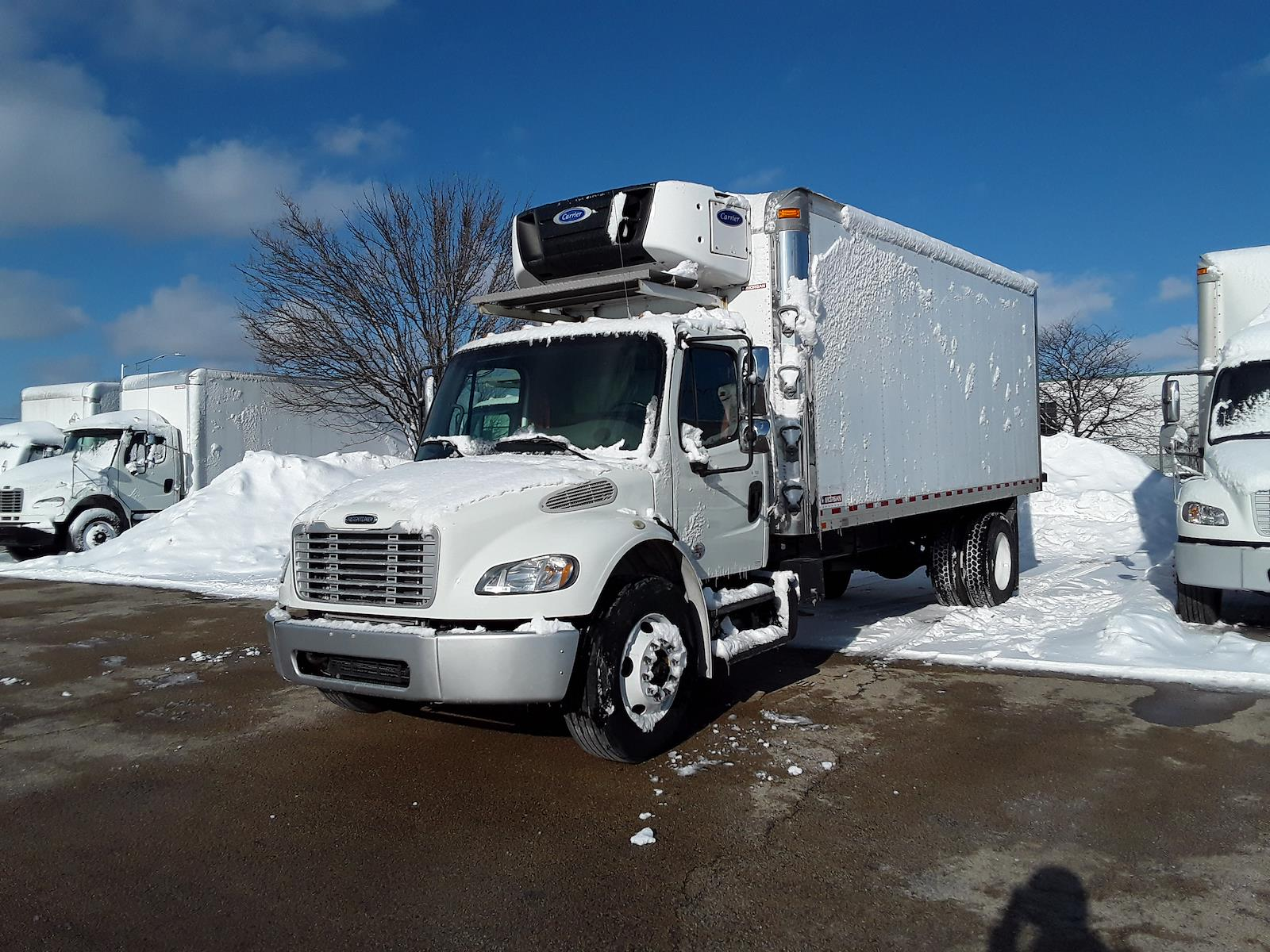2017 Freightliner Truck 4x2, Refrigerated Body #677767 - photo 1