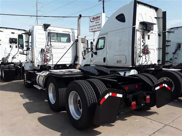 2016 Volvo VNL 6x4, Tractor #377790 - photo 1